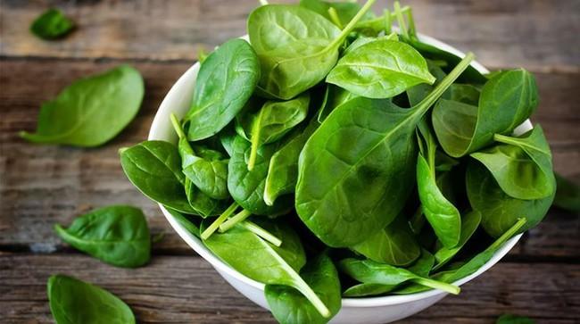 Trong kỳ kinh nguyệt, phụ nữ nên ăn nhiều 8 loại thực phẩm này vừa tốt cho tử cung vừa giảm cân - Ảnh 2.