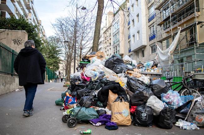 """Những hình ảnh gây sốc cho thấy thành phố Paris hoa lệ """"ngập trong rác"""" khiến cộng đồng mạng thất vọng tràn trề, thực hư ra sao? - Ảnh 10."""