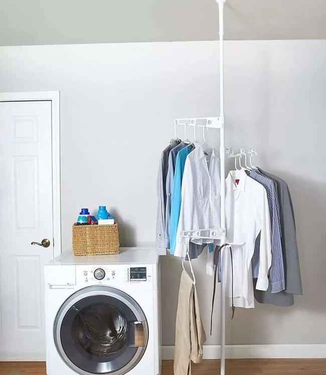 """Chẳng còn chỗ phơi quần áo vì ban công để dành """"sống ảo"""" mất rồi, đây là vài giải pháp làm khô quần áo hiệu quả và cực tiết kiệm không gian  - Ảnh 4."""