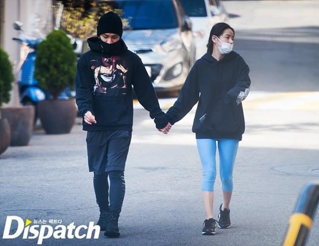 Soi style đi hẹn hò của 12 cặp đôi quyền lực xứ Hàn: Tất cả đều ăn vận siêu đơn giản chứ không lồng lộn như ta tưởng - Ảnh 15.