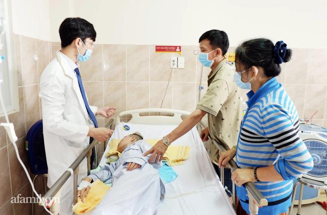 Nữ sinh lớp 12 bất ngờ co giật, hôn mê sâu sau khi tan học về nhà vì căn bệnh vô cùng nguy hiểm - Ảnh 2.