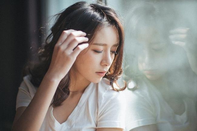 """Đang bị đau bụng kinh, phụ nữ cần phải tránh 5 món sau nếu không muốn tử cung và nhan sắc """"tụt dốc"""" sớm - Ảnh 1."""