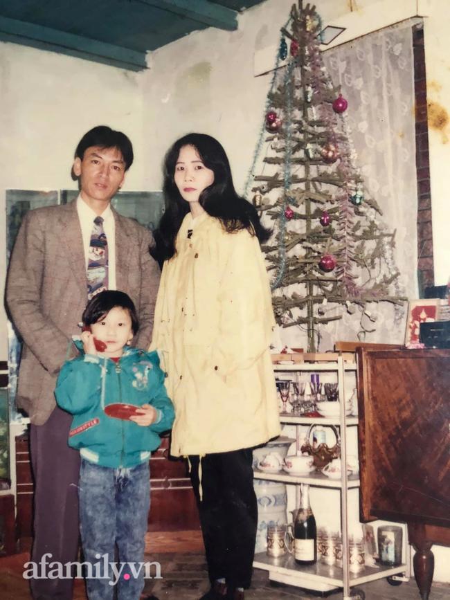 Câu chuyện tình cách đây 38 năm của cặp đôi Việt tại Matxcova: Cầm trên tay tấm hình duy nhất về con dâu, bố chồng vượt đường xa đến nhà thông gia, quyết cưới vợ cho con trai! - Ảnh 10.
