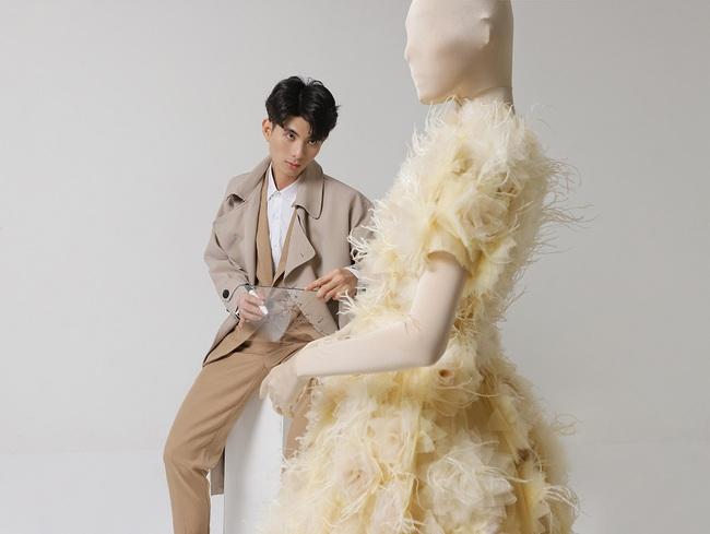Chị em Nam Anh - Nam Em, siêu mẫu Võ Hoàng Yến... cả Vbiz hóa công chúa kiêu sa trong những thiết kế váy áo bay bổng - Ảnh 1.