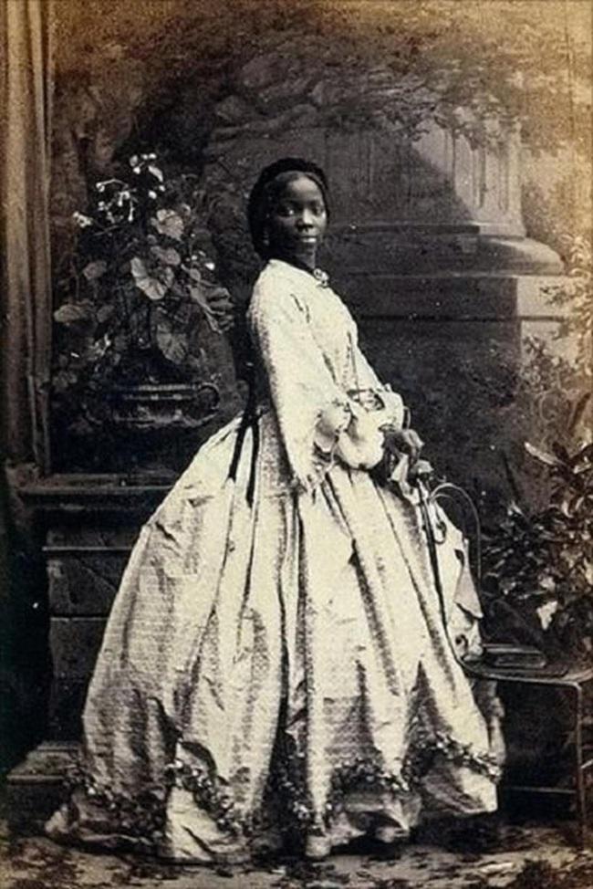 """Hoàng gia Anh từng có một nàng """"Công chúa da đen"""" kỳ lạ: xuất thân nô lệ, nhờ may mắn được Nữ hoàng nhận làm con nuôi - Ảnh 3."""
