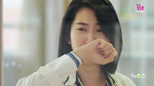 Cây táo nở hoa: Châu khóc ngất khi biết mình được trở lại bệnh viện nhờ sự hy sinh của Tuấn - Ảnh 3.
