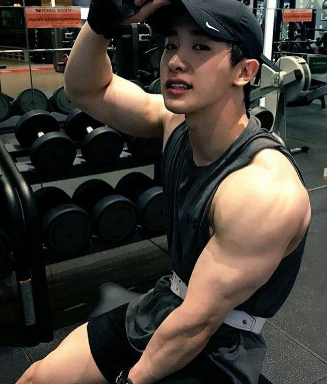 """Gia nhập hội u mê body """"nam thần sexy bậc nhất Kpop"""" Wonho, bạn có phải một trong số đó? - Ảnh 7."""