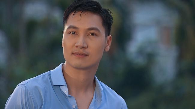 """Mạnh Trường chê Phương Oanh người như khúc giò nhưng cũng muối mặt vì lộ bụng bia trong """"Hương vị tình thân"""" - Ảnh 5."""