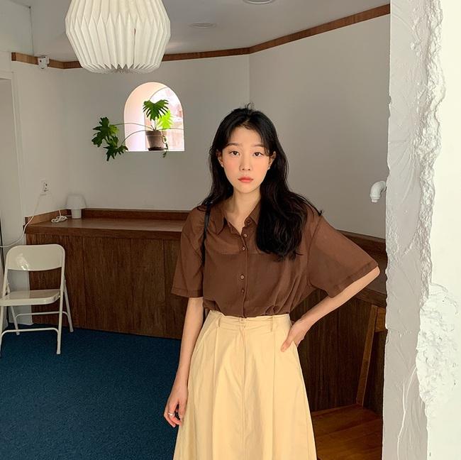 Mách nàng công sở cách chọn màu sắc áo sơ mi thật chuẩn để dáng gầy đi, da trắng trẻo - Ảnh 4.