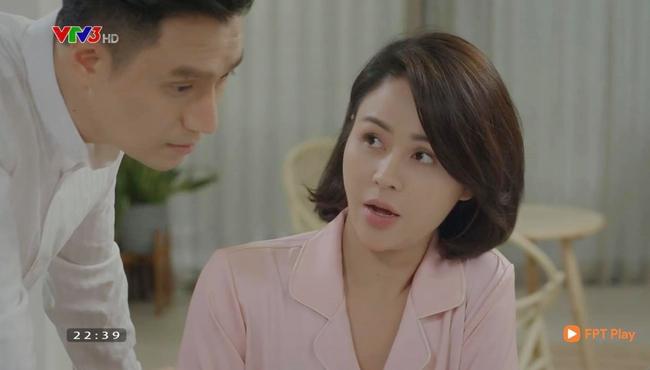 Hướng dương ngược nắng: Minh - Hoàng chính thức yêu nhau, đổi cách xưng hô lại còn hôn mọi lúc - Ảnh 3.