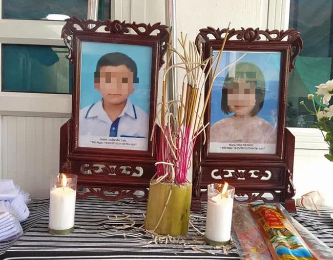 Hai cháu nhỏ tử vong thương tâm khi cùng bố mẹ chèo thuyền ra sông đánh cá - Ảnh 2.