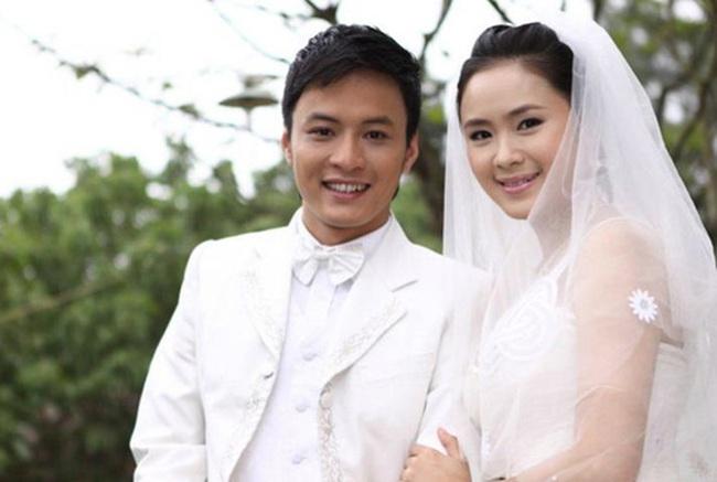 Hướng dương ngược nắng cận kề tập cuối: Hồng Diễm làm cô dâu xinh đẹp, quả là tường thành nhan sắc 10 năm không đổi - Ảnh 3.