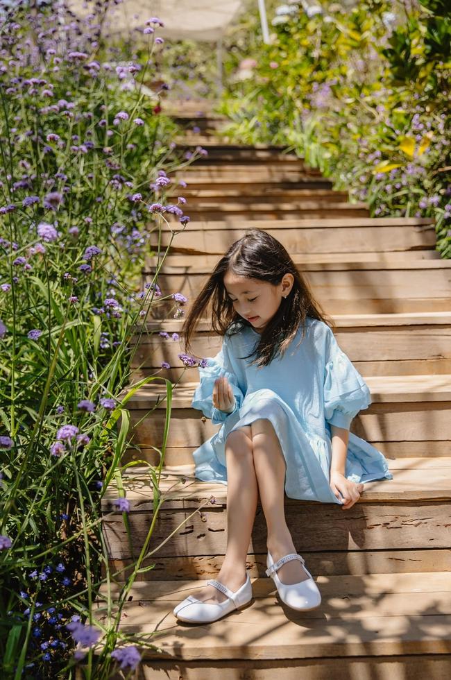 """Con gái Hà Kiều Anh xinh như thiên thần trong loạt ảnh mới, mẹ tiết lộ có sở thích đặc biệt với màu xanh vì 1 lý do """"cạn lời"""" - Ảnh 5."""