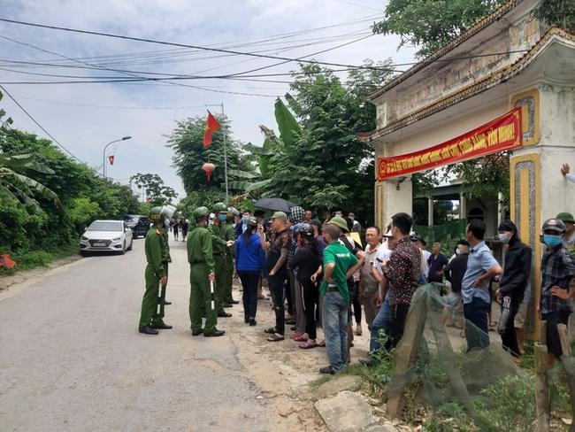 """Vụ nổ súng bắn chết 2 người ở Nghệ An: Nghi phạm là người có """"số má"""", được nhiều dân anh chị kính nể - Ảnh 3."""
