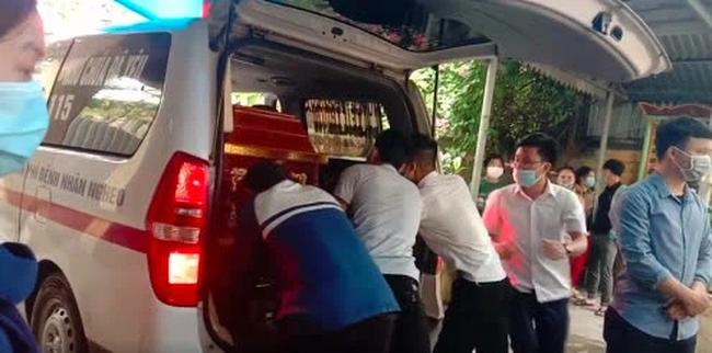 Nam sinh đuối nước tử vong khi cứu 4 cô gái tắm biển ở Huế: Chỉ còn 2 tháng thôi là tốt nghiệp Đại học - Ảnh 2.