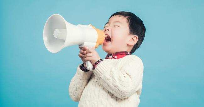 Con chậm phát triển ngôn ngữ từ điều ít ai ngờ đến, bố mẹ không thể làm ngơ - Ảnh 2.