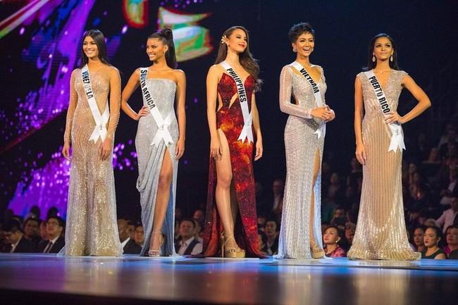 Cú xoay người huyền thoại, hay những bước catwalk bikini nóng bỏng đến ná thở, màn trình diễn của Top 5 Miss Universe 2018 H'Hen Niê vẫn khiến fan nhớ mãi - Ảnh 18.