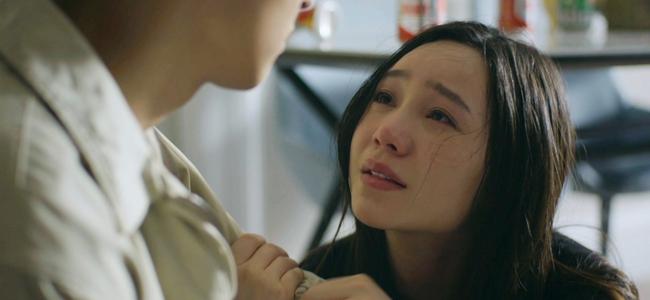 Hãy nói lời yêu: My (Quỳnh Kool) quỳ xin chính thất, bà Hoài cầm dao lao vào tiểu tam liền bị chồng tát lật mặt - Ảnh 8.