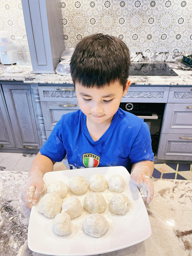 Cuối tuần này làm khoai tây viên bọc phô mai chiên xù theo công thức nhà Đăng Khôi, đảm bảo bé nào cũng mê tít - Ảnh 7.