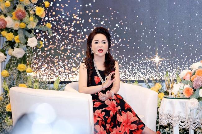 """Những câu nói động chạm """"sốc tận óc"""" của bà Nguyễn Phương Hằng, dân tình người cho rằng khá giải trí nhưng cũng có ý kiến nhận xét chúng quá """"phũ"""" - Ảnh 1."""