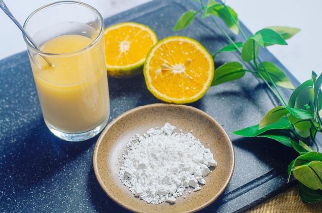 Thứ bột dân dã thường có trong nhiều món ăn mùa nắng nóng được Đông y coi là thuốc giải nhiệt, làm đẹp da siêu hay - Ảnh 1.