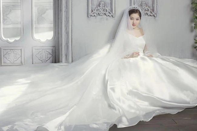 """Cơn tam bành ở cửa hàng thuê váy cưới của chồng và mẹ chồng khiến cô dâu tuyên bố hủy hôn, nghe """"câu chốt"""" của cô mới chất chơi nhất! - Ảnh 2."""