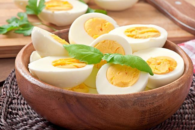"""5 thực phẩm vốn đã tốt nhưng nếu luộc sẽ bổ dưỡng không kém gì """"thần dược"""", biết tận dụng còn giúp giảm cân nhanh - Ảnh 2."""