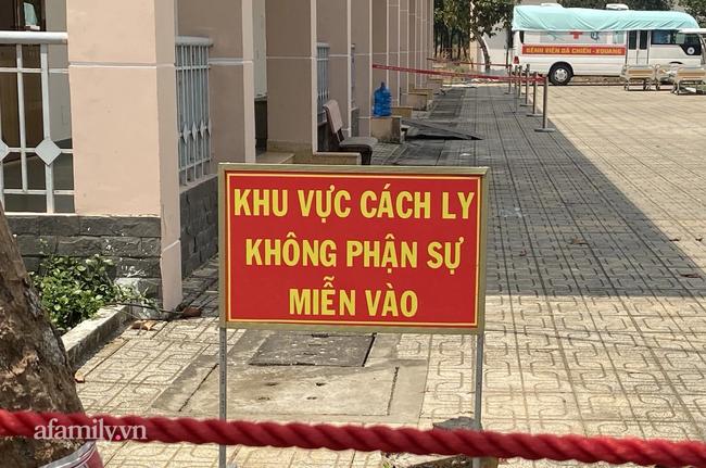 KHẨN: TP.HCM truy tìm 2 đối tượng người Trung Quốc nhập cảnh trái phép trốn khỏi khu cách ly ở Củ Chi - Ảnh 2.