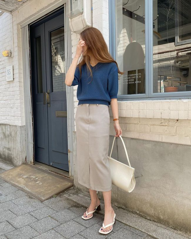 Diện chân váy dài đẹp xinh hết cỡ nhờ áp dụng 12 cách mix của gái Hàn - Ảnh 12.