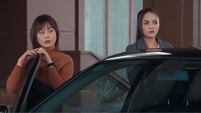 Hương vị tình thân: Thy tím mặt khi phải ngồi sau Nam - Long