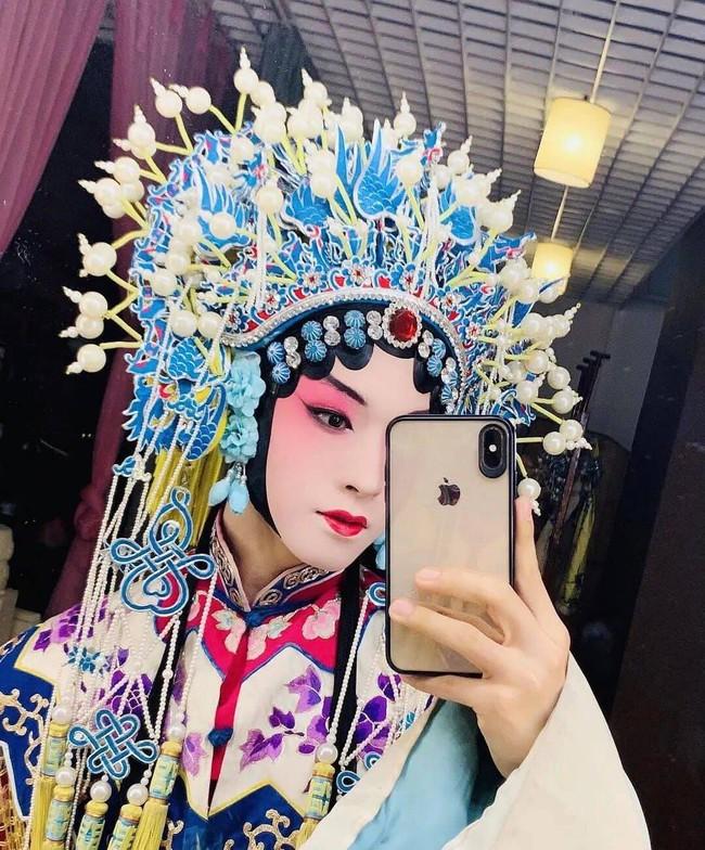 Sáng tạo doanh 2021: Lộ tạo hình kinh kịch đẹp mắt của Lưu Vũ, Center đông fan nhất đúng chuẩn visual - Ảnh 6.