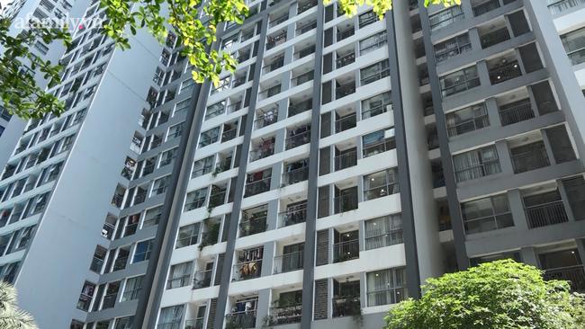 Hà Nội: Phong tỏa tòa nhà chung cư cao cấp nơi bệnh nhân người Ấn Độ nghi nhiễm Covid-19 - Ảnh 10.