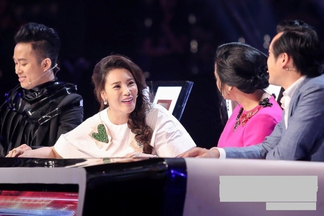 """Nathan Lee livestream bóc phốt The X-Factor, vụ ồn ào Thanh Lam mắng Hồ Quỳnh Hương """"láo"""" bị đào lại  - Ảnh 5."""