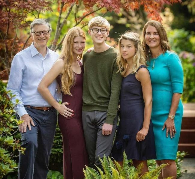 """Hóa ra, vợ tỷ phú Bill Gates đã ngầm biểu lộ """"lý do khó nói"""" báo hiệu cuộc ly hôn đắt đỏ thế giới, lỗi thật sự ở ai? - Ảnh 1."""