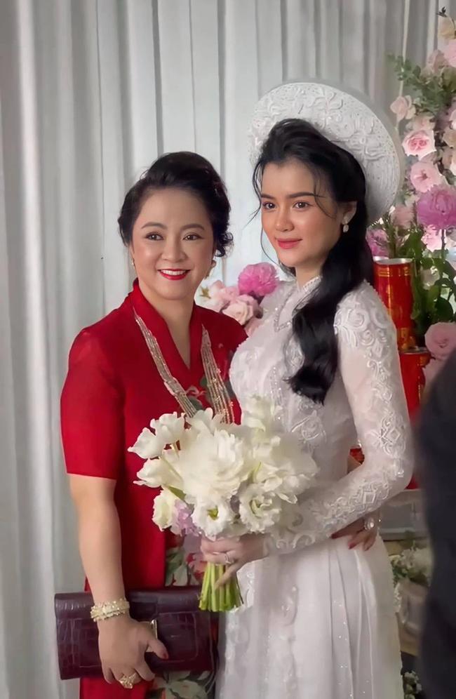 Con dâu nữ đại gia Phương Hằng: Học tại trường tư thục nổi tiếng ở TP.HCM, danh sách bạn bè toàn nhân vật showbiz đình đám - Ảnh 2.