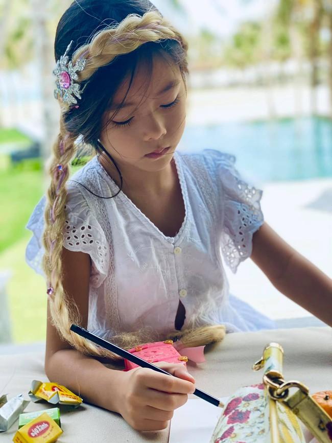 Chấm điểm nhan sắc 6 ái nữ Gen Alpha nhà sao Việt: Ai cũng xinh đẹp từ nhỏ, 3 gương mặt được công chúng dự đoán sẽ thành Hoa hậu - Ảnh 23.