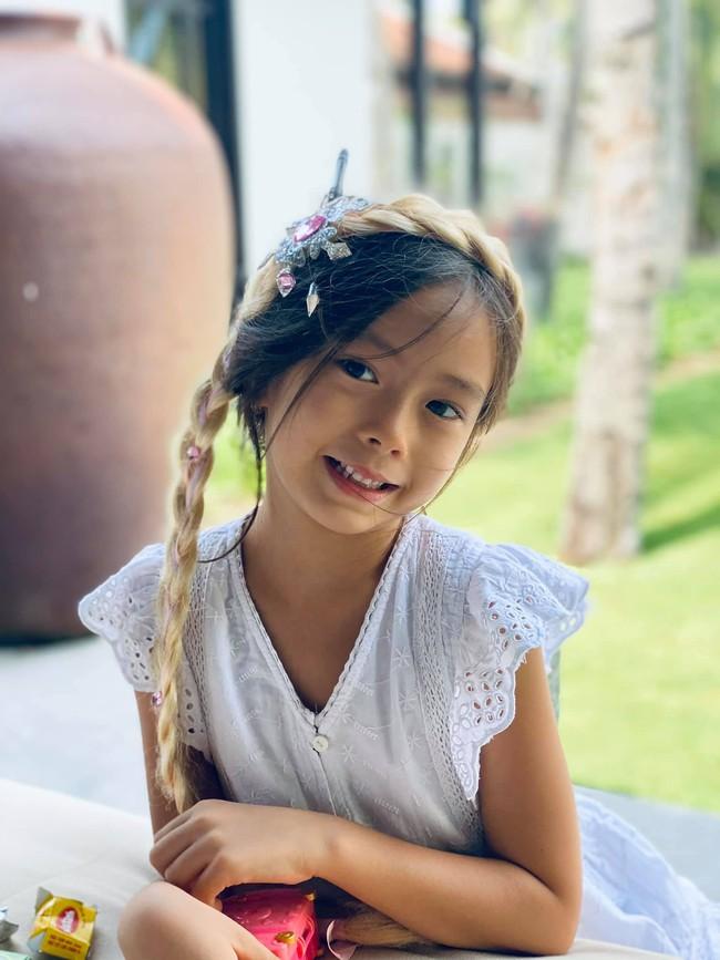 Chấm điểm nhan sắc 6 ái nữ Gen Alpha nhà sao Việt: Ai cũng xinh đẹp từ nhỏ, 3 gương mặt được công chúng dự đoán sẽ thành Hoa hậu - Ảnh 24.