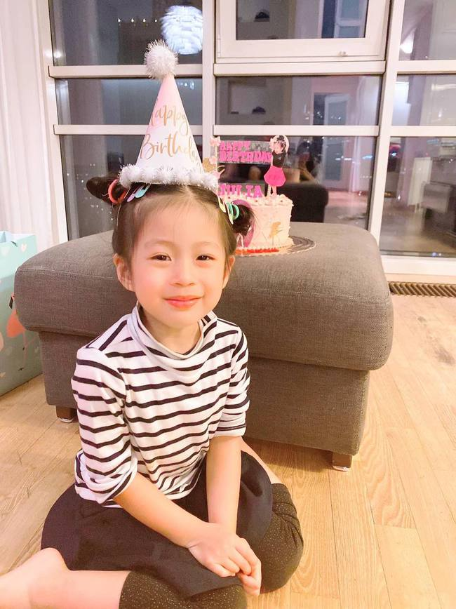 Chấm điểm nhan sắc 6 ái nữ Gen Alpha nhà sao Việt: Ai cũng xinh đẹp từ nhỏ, 3 gương mặt được công chúng dự đoán sẽ thành Hoa hậu - Ảnh 29.