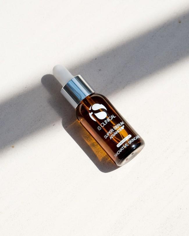 Những quý cô có làn da đẹp nõn nà đều dùng loại serum làm sáng da, chống lão hóa đỉnh cao này - Ảnh 8.