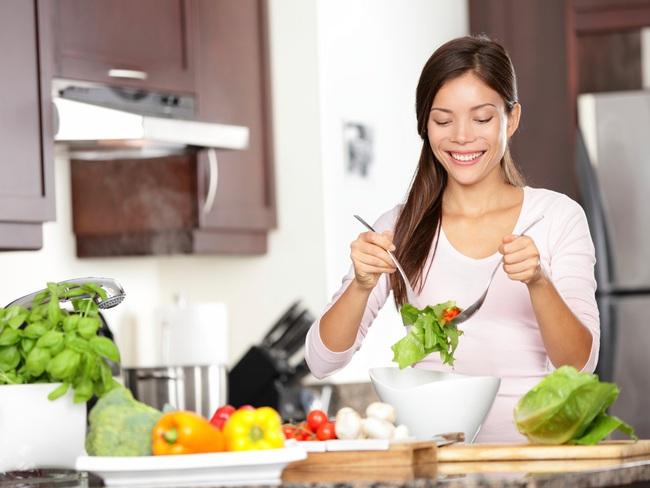 Chế độ ăn ảnh hưởng thế nào đến chức năng của hệ miễn dịch và lời giải thích từ chuyên gia - Ảnh 1.