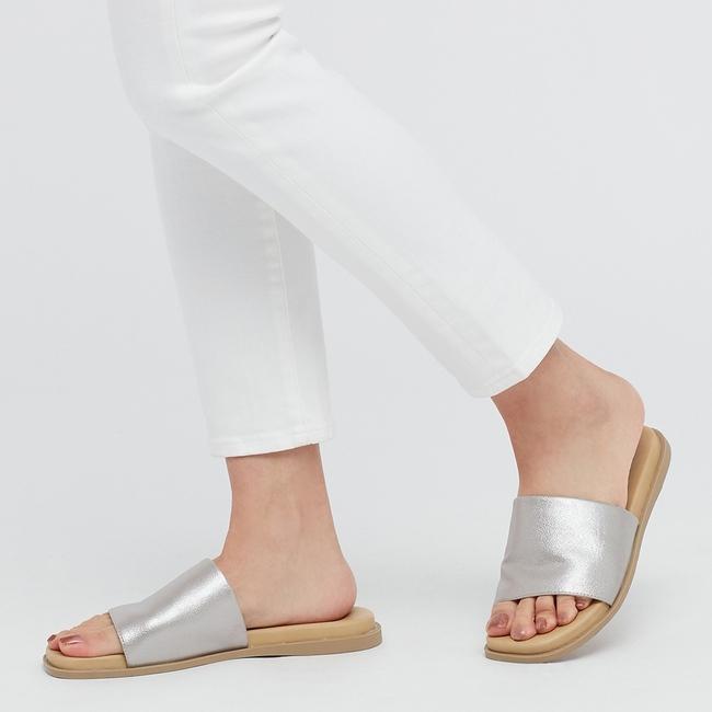 Gợi ý 10 đôi giày từ bệt đến cao gót đi cực êm chân: Món quà ý nghĩa nhân Ngày của mẹ, mẹ nào cũng phải tấm tắc khen con hiền, dâu thảo - Ảnh 7.