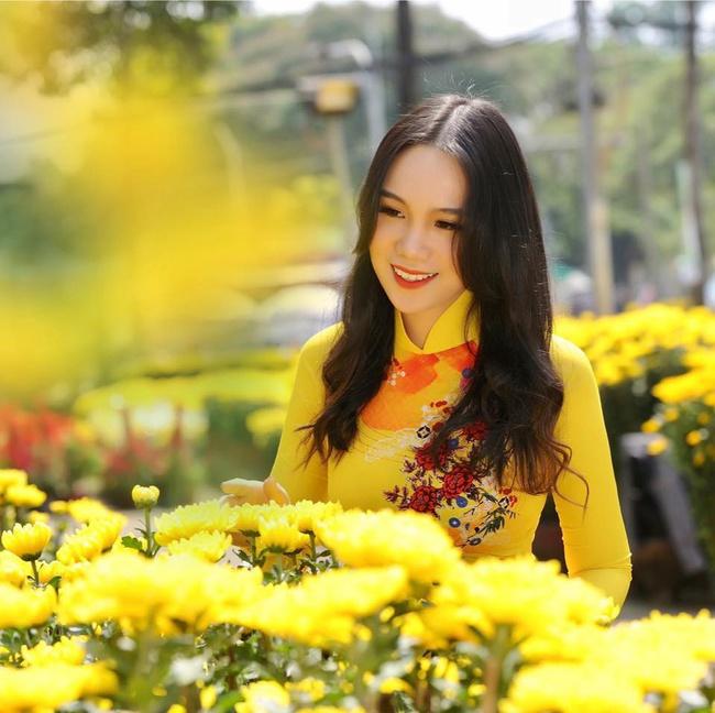 Á hậu kín tiếng dính lùm xùm với bà Phương Hằng - vợ ông Dũng Lò Vôi: 59 tuổi vẫn tốt nghiệp đại học, gây ngạc nhiên vì cách dạy con - Ảnh 5.