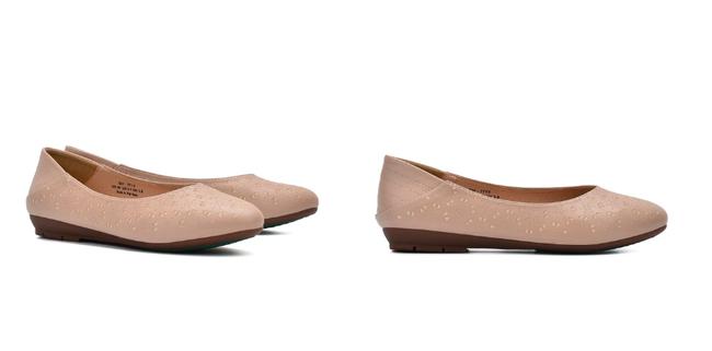 Gợi ý 10 đôi giày từ bệt đến cao gót đi cực êm chân: Món quà ý nghĩa nhân Ngày của mẹ, mẹ nào cũng phải tấm tắc khen con hiền, dâu thảo - Ảnh 5.