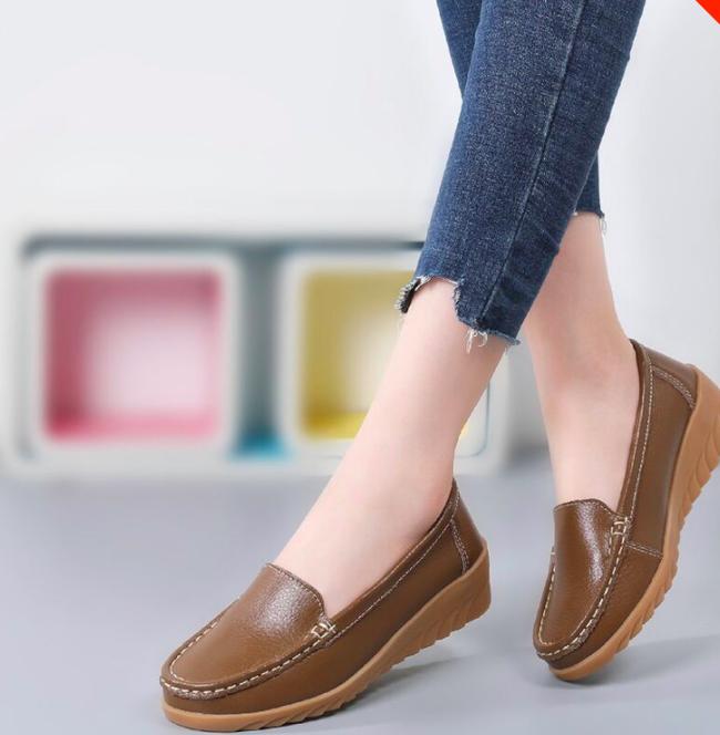 Gợi ý 10 đôi giày từ bệt đến cao gót đi cực êm chân: Món quà ý nghĩa nhân Ngày của mẹ, mẹ nào cũng phải tấm tắc khen con hiền, dâu thảo - Ảnh 3.