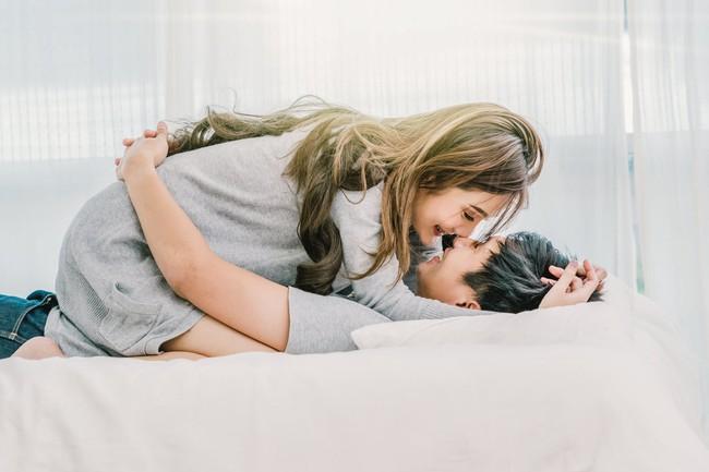 """Phụ nữ thường trách đàn ông chỉ dễ mê """"gái đẹp"""" nhưng nào biết các anh chồng thực chất chú ý tới 3 điều này trong mỗi lần """"ân ái""""  - Ảnh 3."""