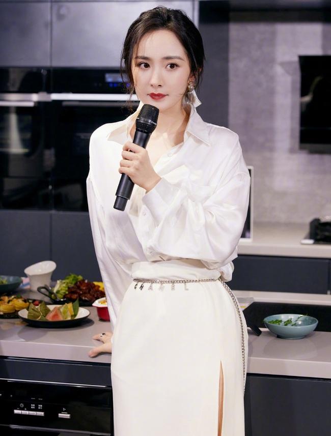 Lưu Khải Uy tổ chức sinh nhật cho con gái, Dương Mịch lại tiếp tục vắng bóng vì bận rộn công việc? - Ảnh 4.