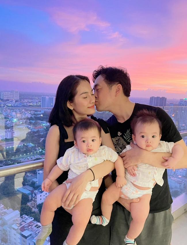 Cuộc sống hôn nhân sau 2 năm, Dương Khắc Linh chưa bao giờ khiến vợ phải ghen còn hé lộ câu nói ngọt ngào nhất dành cho Sara Lưu - Ảnh 2.