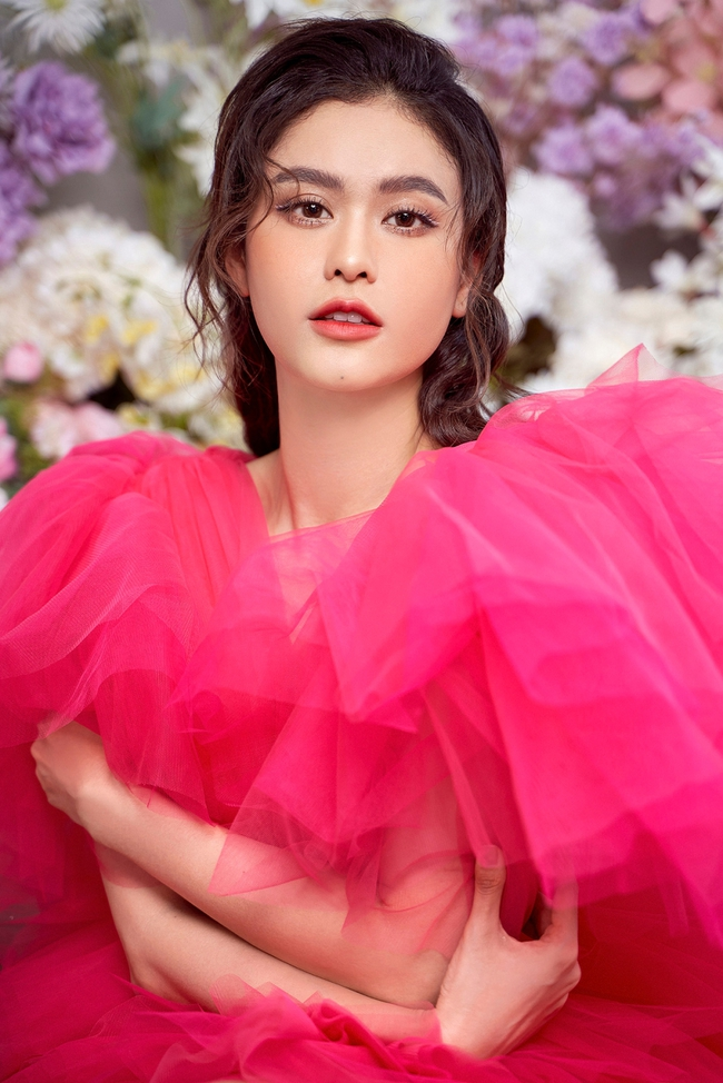 Trương Quỳnh Anh khoe nhan sắc xinh đẹp, gợi cảm, tươi tắn dù vừa trải qua ca phẫu thuật - Ảnh 1.