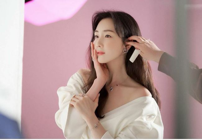 Choi Ji Won - Ảnh 1.