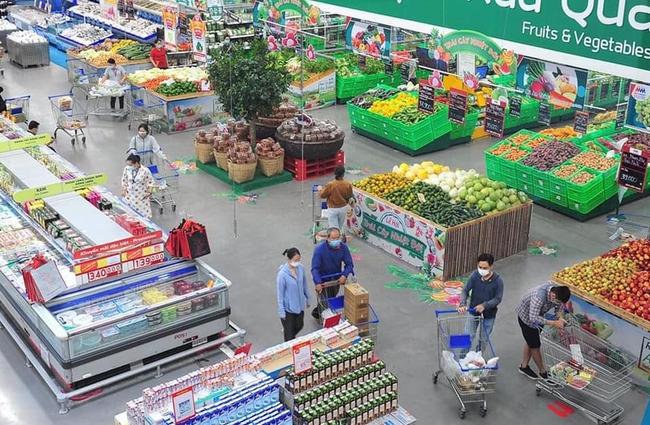 TP.HCM tìm người đến nhiều siêu thị, cửa hàng tiện lợi liên quan đến bệnh nhân mắc COVID-19 - Ảnh 1.